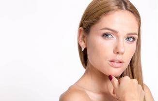 Rejuvenece tu rostro con tratamientos médicos sin cirugía
